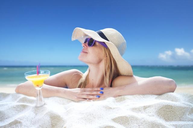 海辺 女 夏
